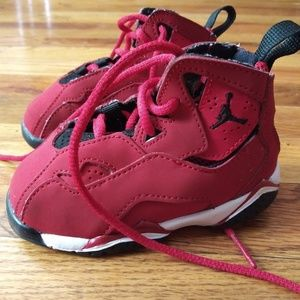Toddles size 5c air jordans red and black